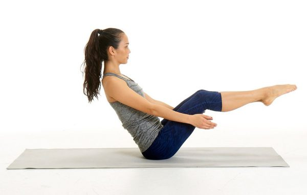 8 Yoga Poses To Strengthen Your Lower Back Abs In Only 10 Minutes Per Day Gymguider Com