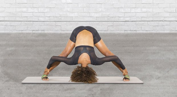 The Ultimate Guide to At-Home Lower Body Recovery With 6 Soothing Moves